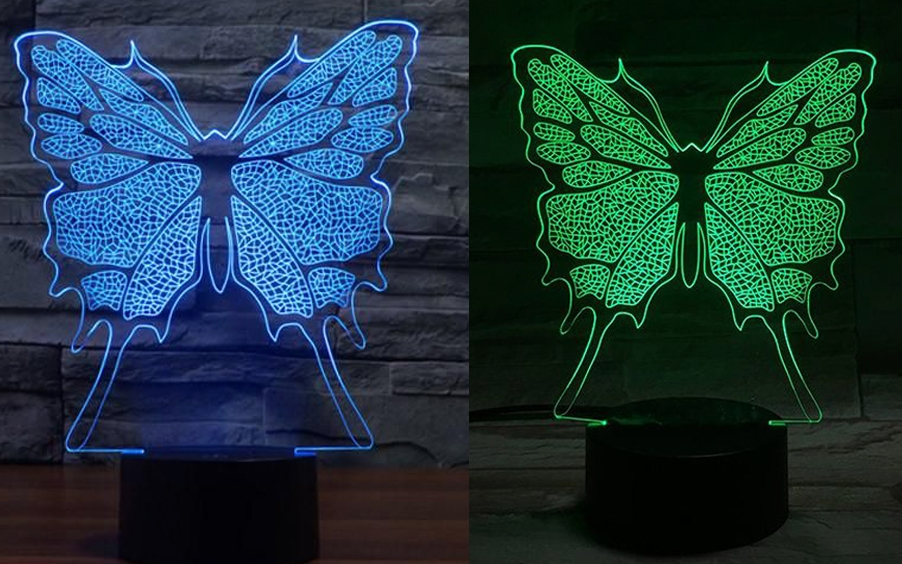 مصباح على شكل فراشة باللون الاخضر و الأزرق